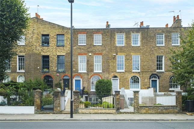 Thumbnail Terraced house for sale in Balls Pond Road, London