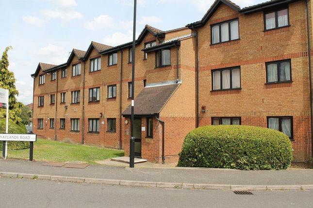 Thumbnail Flat for sale in Aylands Road, Enfield