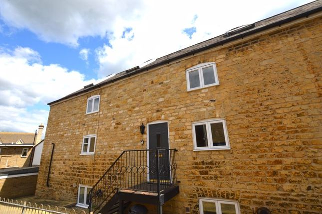 Thumbnail Town house to rent in The Maltings, Water Street, Stamford
