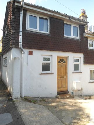 Thumbnail Flat to rent in Borstal Road, Borstal, Rochester