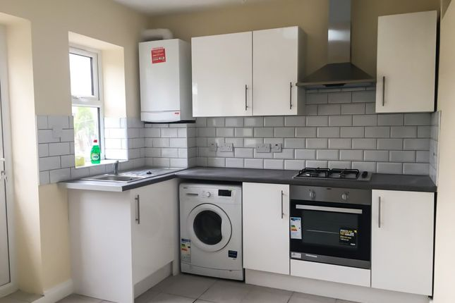 Thumbnail Terraced house to rent in Cassiobury Road, Walthamstow