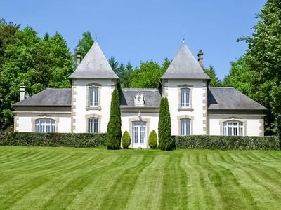 4 bed equestrian property for sale in Treignac, Corrèze, France