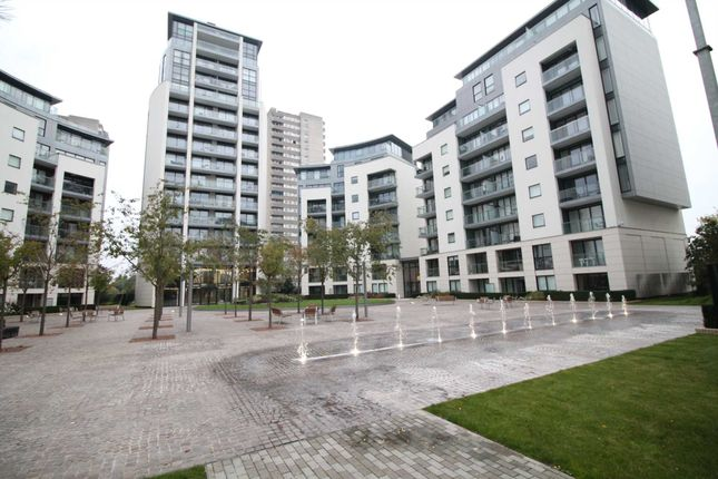1 bed flat to rent in Pump House Crescent, Brentford