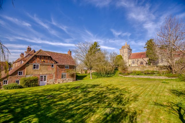 Thumbnail Farmhouse for sale in Churchway, Stone, Aylesbury