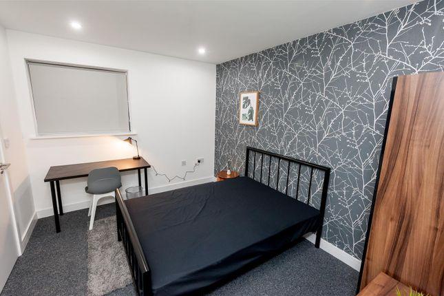 Thumbnail Flat to rent in No1 Milton House, Milton Place, Salford