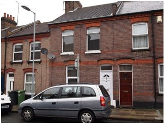 Thumbnail Terraced house for sale in Baker Street, Luton
