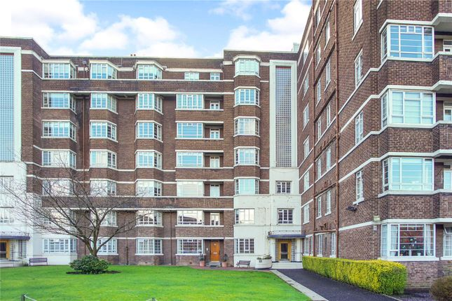 Thumbnail Flat for sale in Kelvin Court, Glasgow