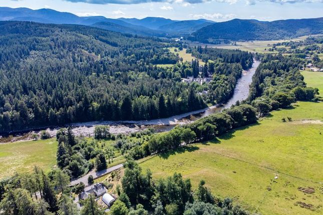 Thumbnail Cottage for sale in Crathie, Ballater