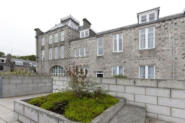 Thumbnail Flat to rent in 118 Dee Village, Millburn Street, Aberdeen