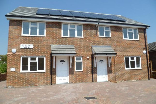 Thumbnail Flat to rent in Stoke Road, Hoo, Rochester
