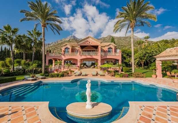 Thumbnail Villa for sale in Sierra Blanca, Marbella Golden Mile, Costa Del Sol