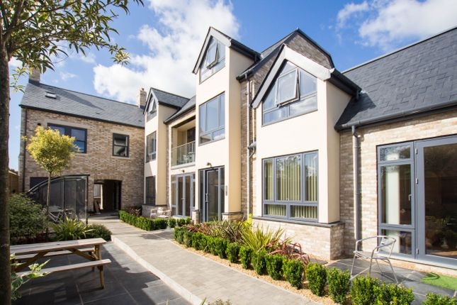 Thumbnail Flat for sale in Mill Road, Cambridge