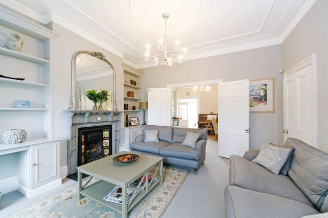 Thumbnail Detached house to rent in Clapham Common West Side, London