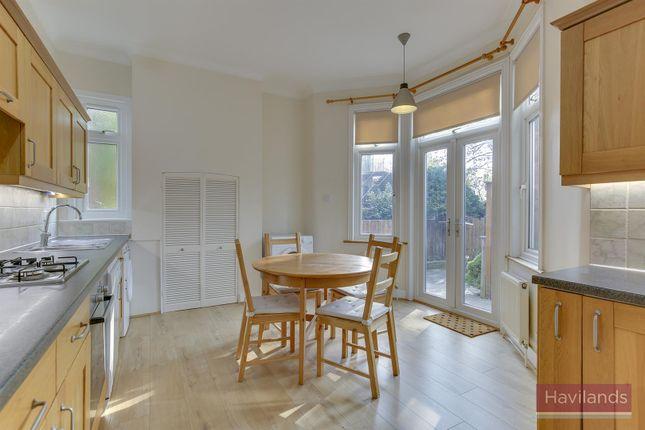 Thumbnail Maisonette to rent in Stonard Road, Palmers Green