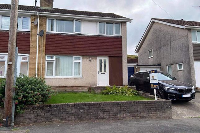 Thumbnail Semi-detached house to rent in Maes Y Celyn, Griffithstown, Pontypool