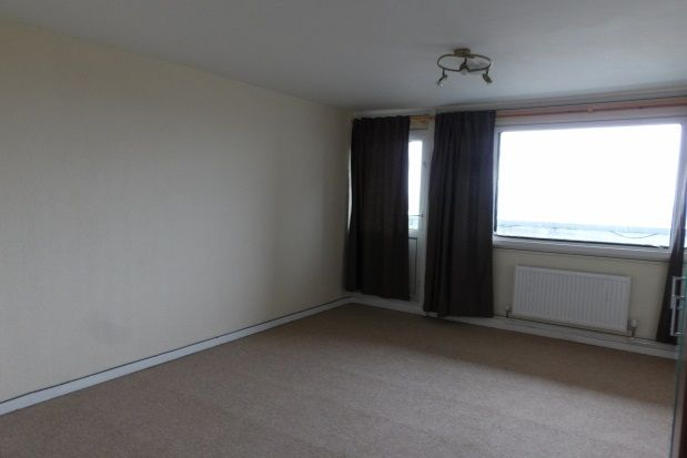 Thumbnail Flat to rent in Mellish Court, Bletchley, Milton Keynes