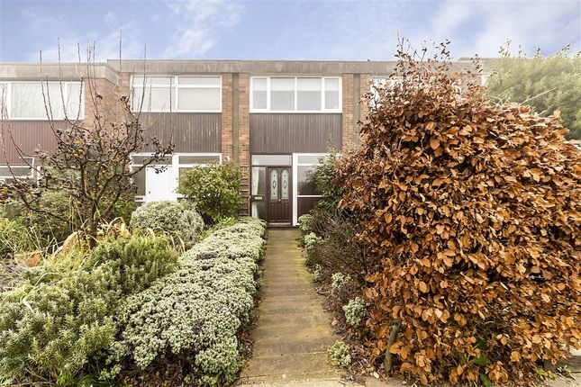 Thumbnail Property for sale in Winchelsea Close, London