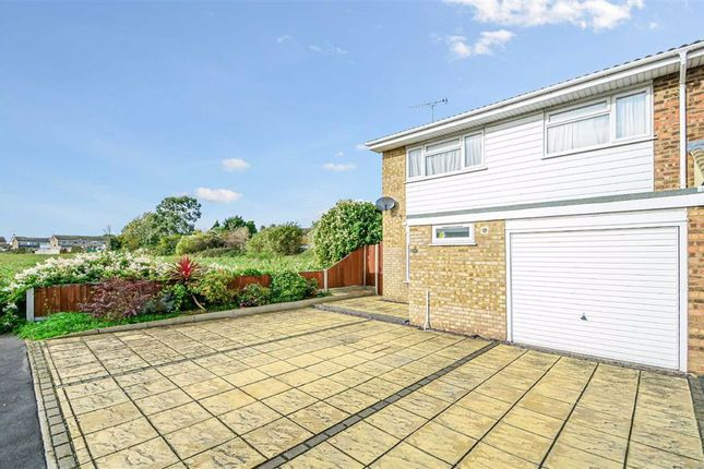 Estuary Gardens, Great Wakering, Southend-On-Sea SS3