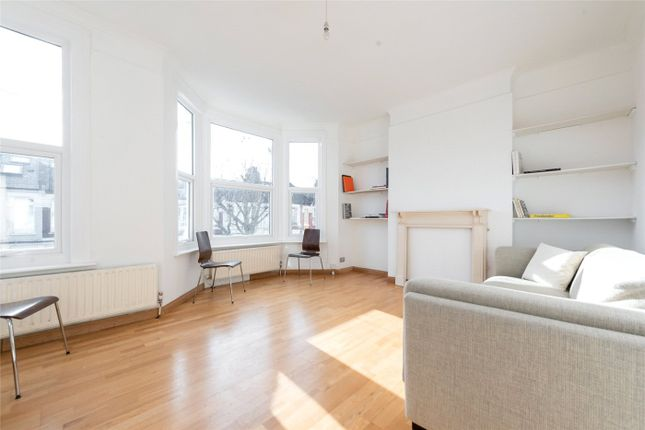2 bed flat for sale in Leighton Gardens, London NW10