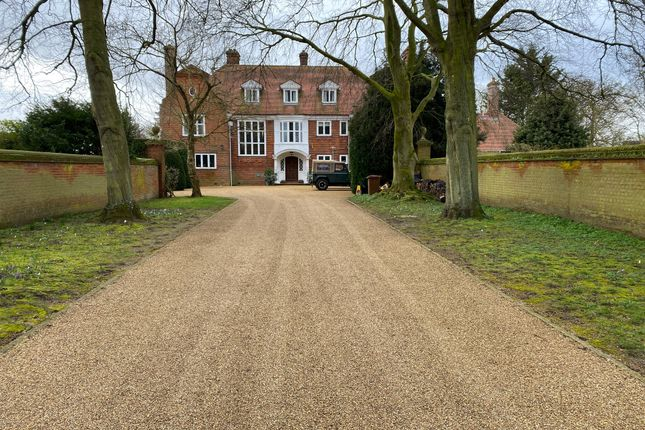 Thumbnail Detached house to rent in Murray Lodge, Queensberry Road, Newmarket