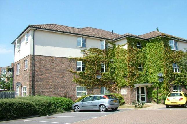 Thumbnail Semi-detached house to rent in Newbury Close, Dartford