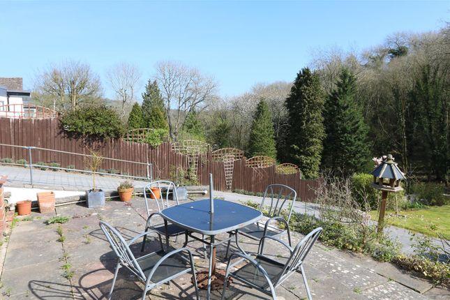 Terrace of The Glen, Saltford, Bristol BS31