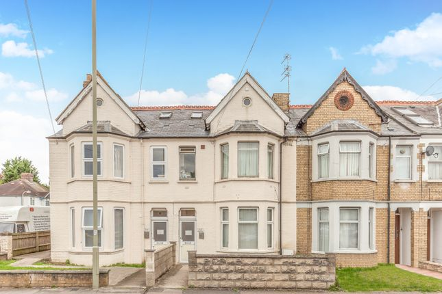 Flat for sale in Cowley Road, East Oxford