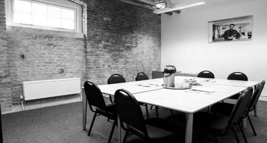 Serviced office to let in Start Gunnery, London