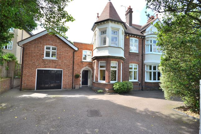Thumbnail Detached house for sale in New London Road, Chelmsford, Essex
