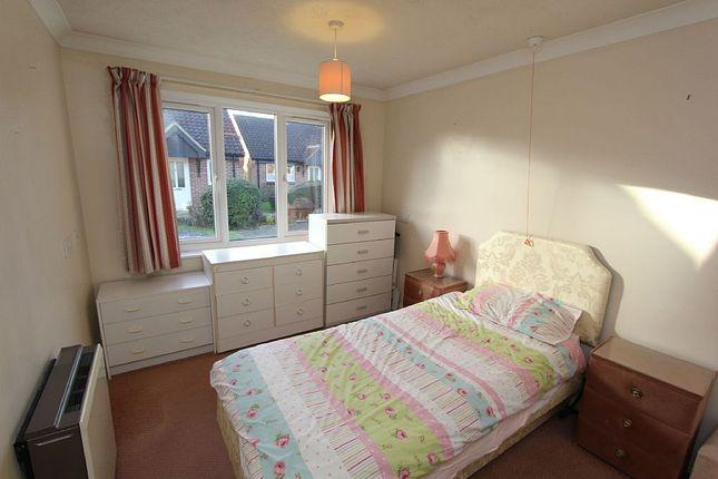 Thumbnail Property for sale in Sheraton Close, Northampton, Northamptonshire