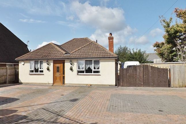 Thumbnail Bungalow to rent in New Lane, Havant, Hampshire