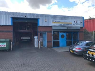 Thumbnail Warehouse to let in Unit 9, Falcon Business Centre, Falcon Close, Burton Upon Trent, Staffordshire