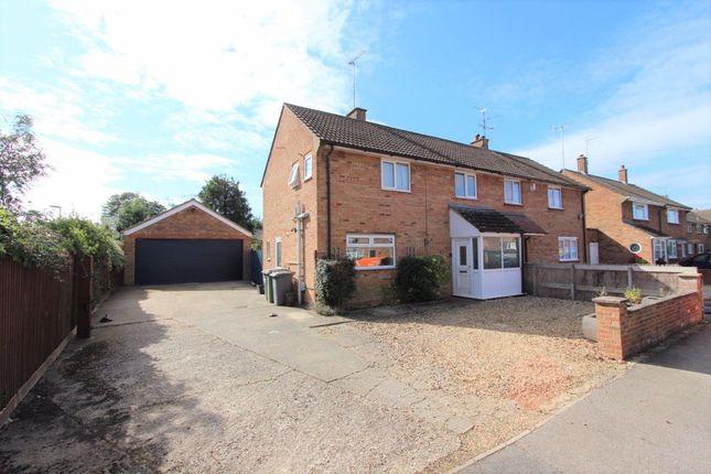 3 bed property to rent in Birchs Close, Hockliffe, Leighton Buzzard LU7