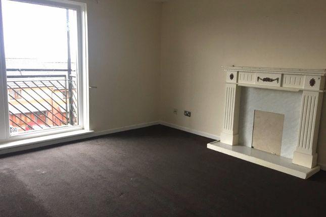 Thumbnail Flat to rent in Calderglen Court, Airdrie, North Lanarkshire