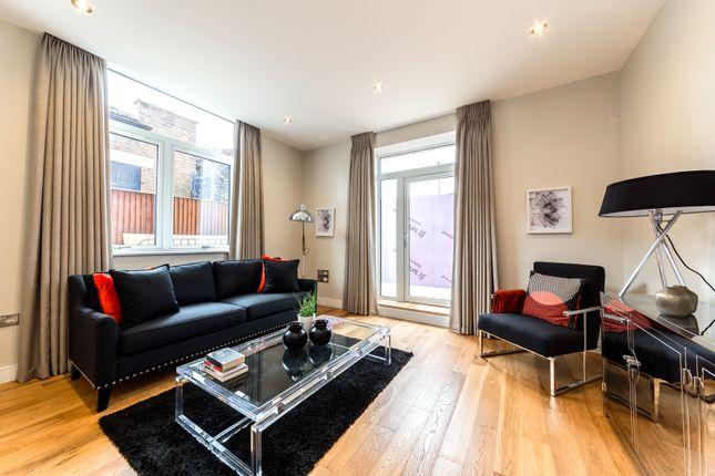 Thumbnail Flat for sale in Bilton Road, London