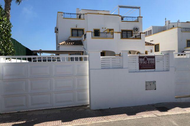 Semi-detached house for sale in La Marina, La Marina, Alicante, Valencia, Spain