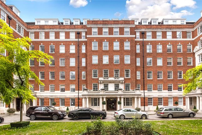 Thumbnail Flat for sale in Princes Gate Court, South Kensington, London