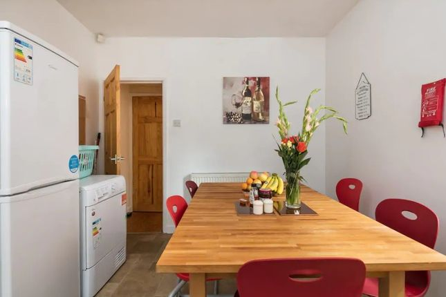 Thumbnail Terraced house to rent in ., London