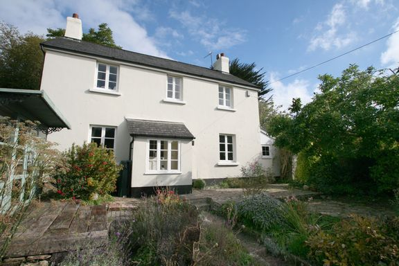Thumbnail Detached house for sale in Frog Street, Bampton, Tiverton