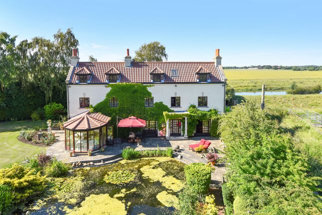 Thumbnail Detached house for sale in Derwent House, Fleet Lane, Barmby On The Marsh
