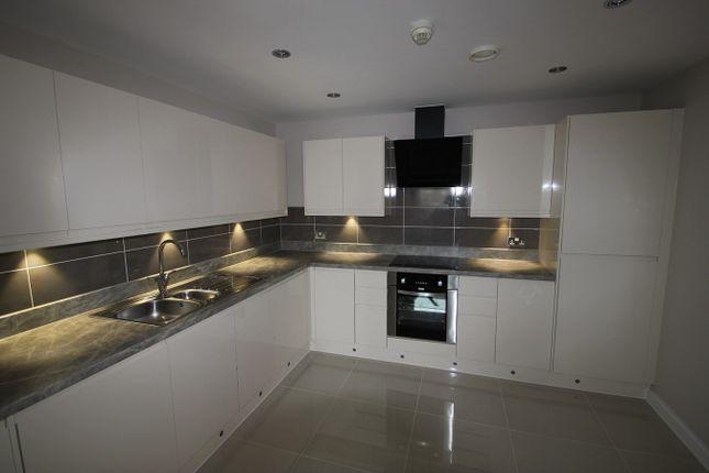 Thumbnail Flat to rent in Heol Tredwen, Cardiff