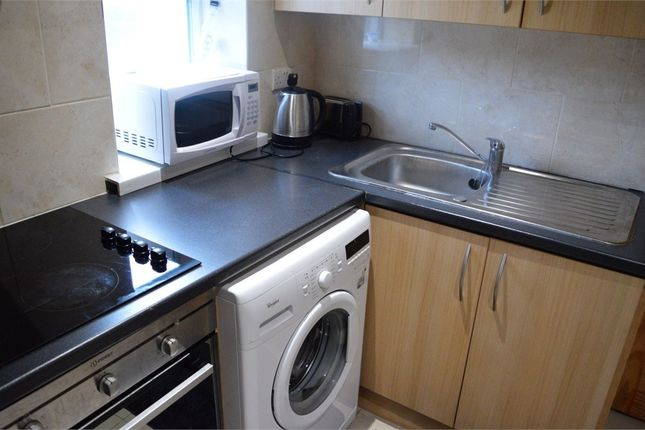 Thumbnail Room to rent in The Green, Hounslow, Middlesex