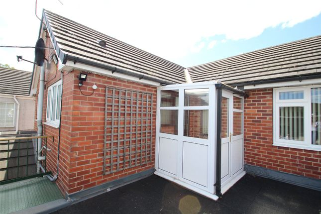 2 bed flat to rent in The Stables, Commonside Farm, New Road, Old Snydale WF7