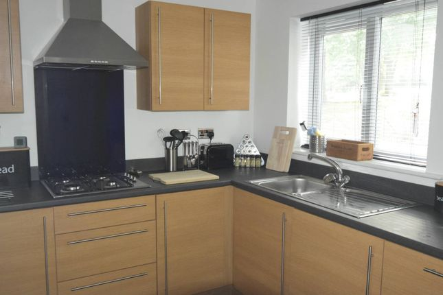 Thumbnail Town house for sale in Ridgway Road, Stoke-On-Trent, Staffordshire