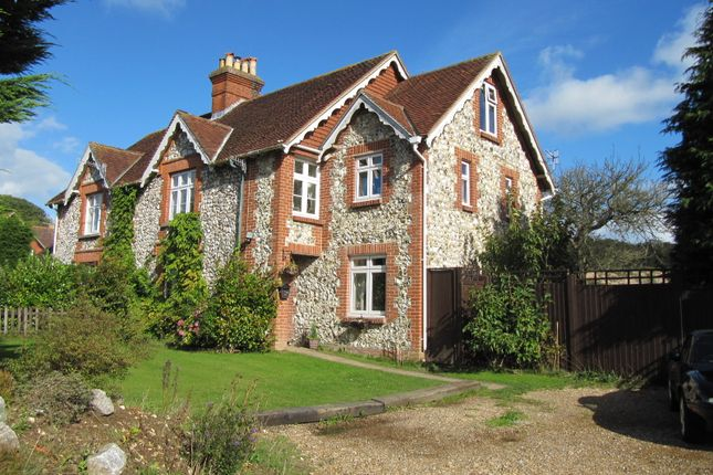 Thumbnail Cottage for sale in Findon Road, Findon Valley