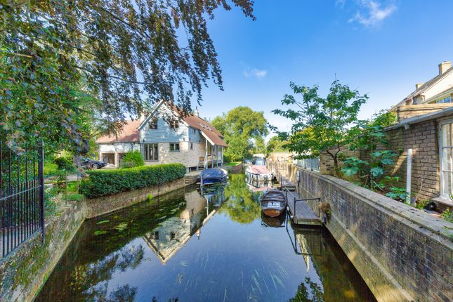River Great Ouse of Wellington Street, St. Ives, Huntingdon PE27