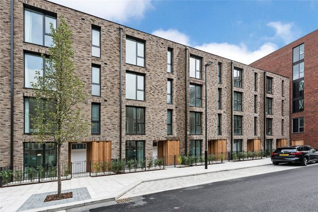Thumbnail Terraced house for sale in Starboard Town House, Royal Wharf, London