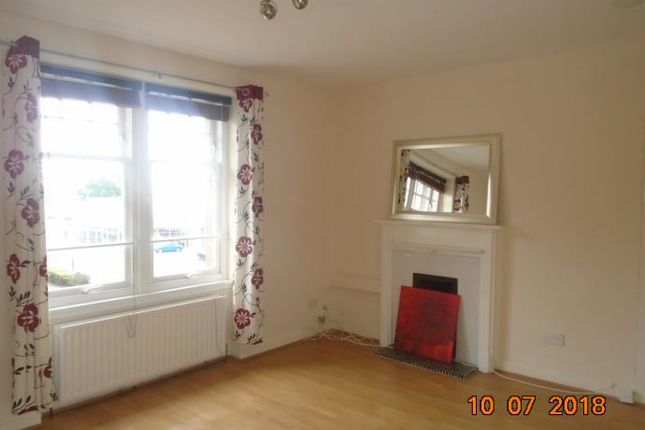 Thumbnail Flat to rent in Queen Street, Broughty Ferry, Dundee