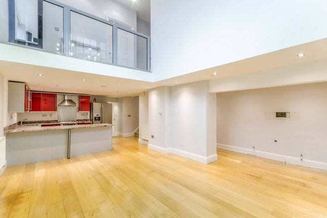 Thumbnail Flat for sale in Graham Street, Angel, London