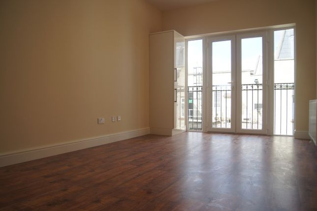 Thumbnail Flat to rent in Darby Drive, Waltham Abbey